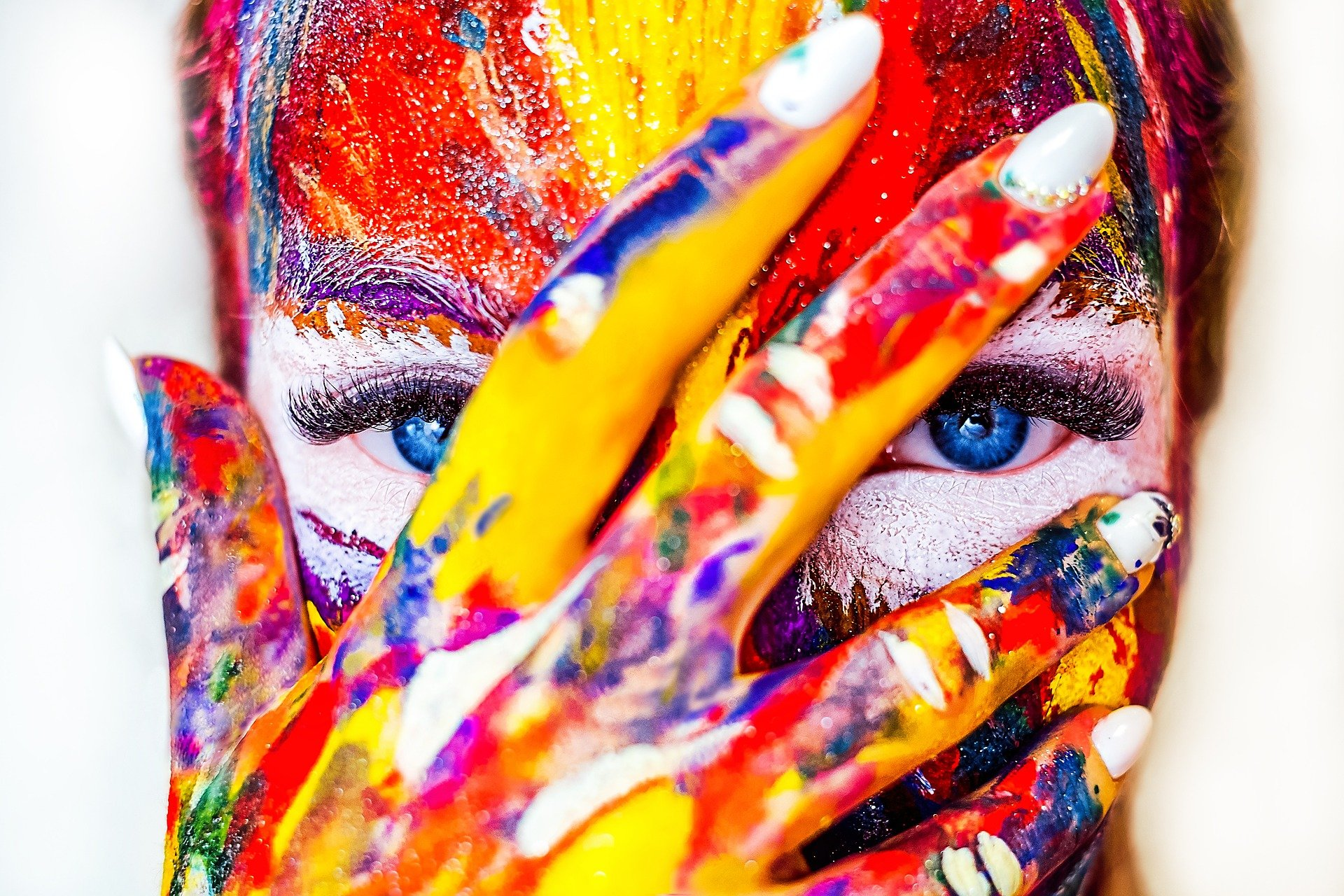 Photo | Painted Hand on Painted face